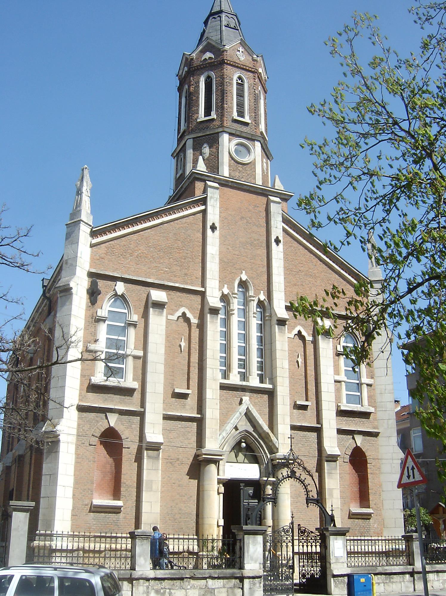 La Cattedrale di San Paolo della Croce a Russe
